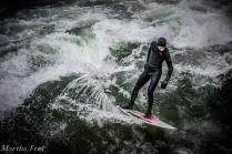 eisbach-surfer (1 von 1)-6