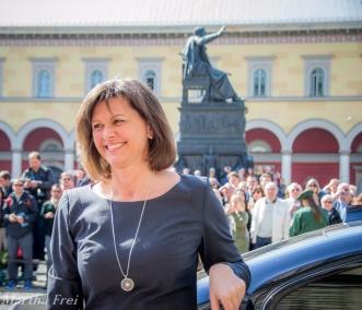 Die zugegebenermaßen sehr fotogene Frau Ilse Aigner