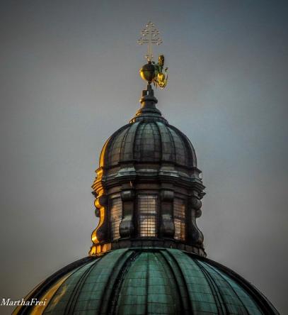 Die Kuppel der Theatinerkirche